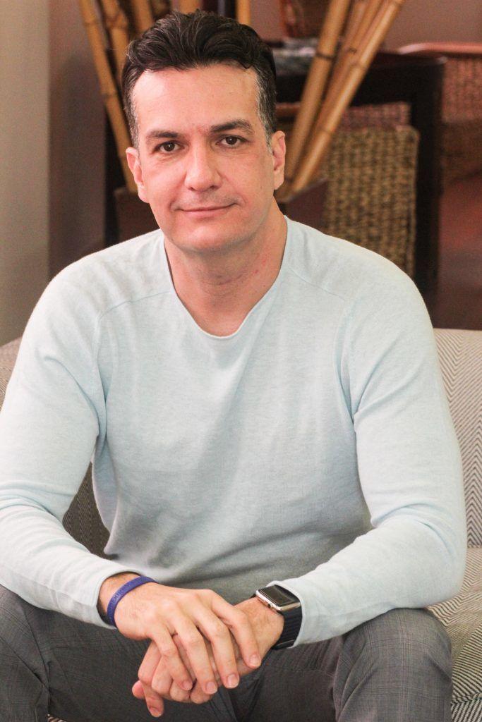 Convidado: Roberto Navarro