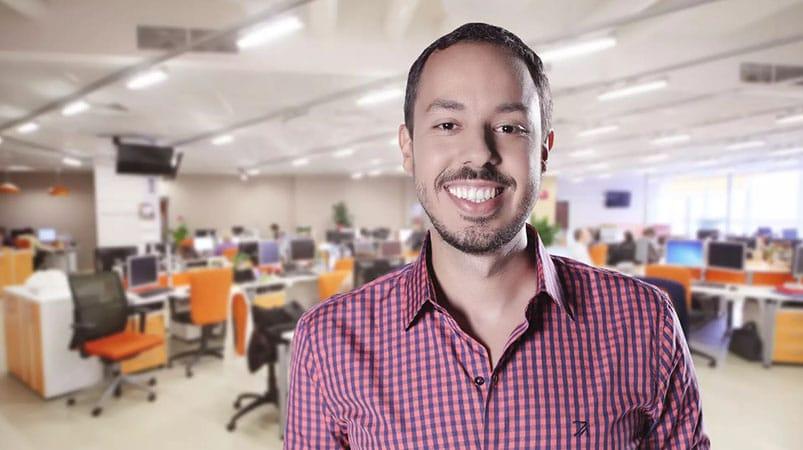 """Convidado: Gustavo Caetano, empreendedor e autor do livro """"Pense Simples"""""""