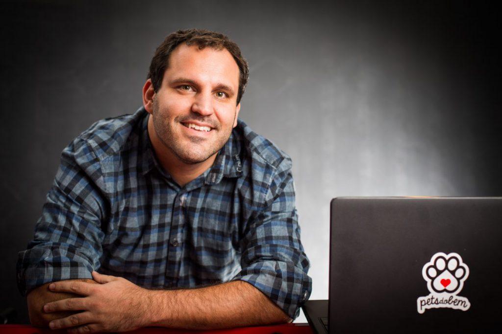 Convidado: Denys Fehr, CEO da Just A Little Data e do PetsdoBem