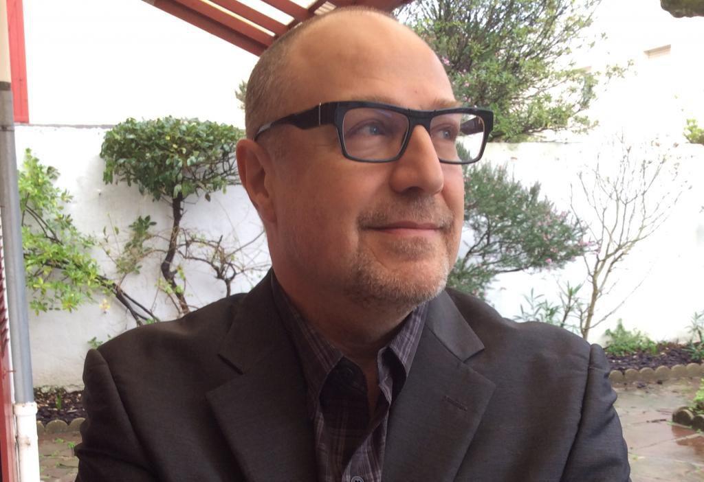 """Pierre Lévy, autor do livro """"Cibercultura"""""""